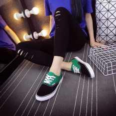 Klasik Korea Gaya Busana Hitam atau Putih Siswa Indonesia Ngumpul Di Sini Sepatu Datar Papan Sepatu Sepatu Kanvas (8081 Hitam atau Hijau warna Sprei