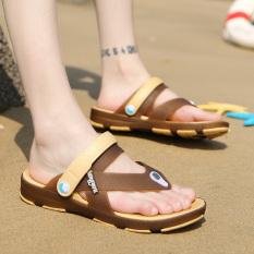 Toko Korea Fashion Style Musim Panas Model Crocs Sendal Sepatu Pria Sepatu Brown Kecil Satu Yard Lengkap Tiongkok