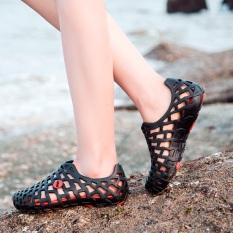 Kayu Cendana Pantai Model Crocs Plastik Sandal Musim Panas Wanita Hari Hujan (ZL-555 Hitam)