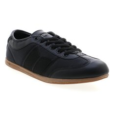 Jual Macbeth Brighton Low Cut Sneakers Black Gum Vegan Online Di Indonesia