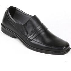 Max Baghi Sepatu Pria BRM 4911 - Hitam