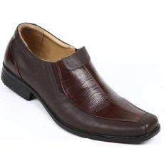 Max Baghi Sepatu Pria YYM 4415 - Coklat
