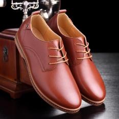 Sepatu Kulit Pria Pakaian Bisnis Kasual Oxford Renda Eropa Datar Ukuran  Lebih-Internasional e69cea2c5f
