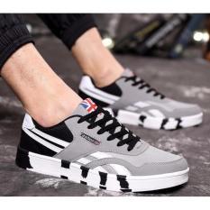 Promo Pria Kanvas Sepatu Lari Santai Pria Sport Lace Up Sepatu Pria Fashion Bernapas Flats Sepatu Intl