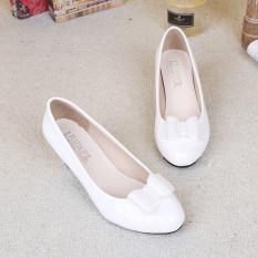Diskon Merah Putaran Ibu Sepatu Pernikahan Wanita Sepatu Kulit Putih Branded