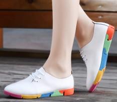 Model Crocs Kulit Berongga Ukuran Besar Sepatu Kulit Teplek Mama Wanita Sepatu Kulit (910 Bunga Bawah Putih)