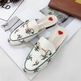 Toko Muller Bordir Musim Gugur Baru Sepatu Bordir Sepatu Putih Dekat Sini