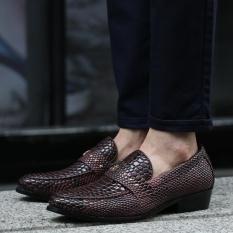 Fashional Baru Pria Bisnis Kasual Shoes Inggris Tide Pola Kulit Ular Sepatu Kulit (Champagne)-Intl