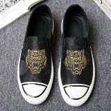 Jual New Tiger Embroidery Men Casual Slip On Shoes Breathable Canvas Loafers Driving Fashion Shoes Intl Murah Tiongkok