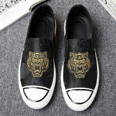 Ulasan New Tiger Embroidery Men Casual Slip On Shoes Breathable Canvas Loafers Driving Fashion Shoes Intl