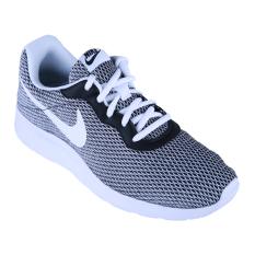 Berapa Harga Nike Tanjun Special Edition Sepatu Lari Black White Di Indonesia