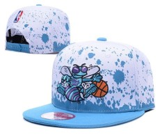 RESMI  Charlotte Hornets Sepatu Snapback Caps Unisex Pria Basket Olahraga  Topi NBA Unisex Bone 0c8b445e1d