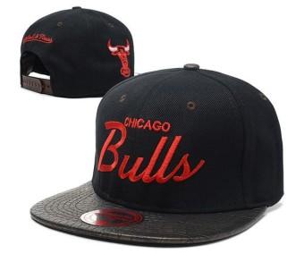 Harga preferensial  RESMI  Snapback Basket Caps NBA Topi Wanita Chicago  Bulls Asli Unisex Men s Original Fashion Snapback CHI Athletic Olahraga-Intl  beli ... c0728dce4c