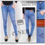 Spek Oner Jeans Celana Wanita Sobek Lapis
