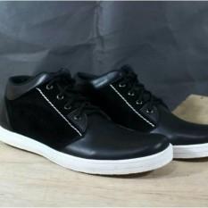ORI Dr Becco Classic Kulit Size 39 - 43 Sepatu Pria Dan Wanita Sneakers Casual Kets Hitam  Putih