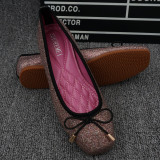 Diskon Peas Musim Semi Yang Manis Dan Musim Gugur Bedak Mengkilap Berkepala Persegi Sepatu Wanita Flat Shoes Pink Tiongkok