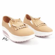 Harga Pluvia Sepatu Wanita Wegdes Pita Fringe Gd20 Cream Yang Murah Dan Bagus