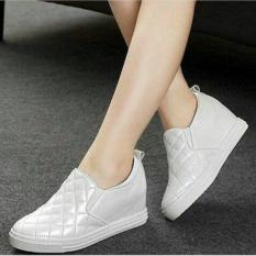 QUEEN: Wedges Slip On OP008 - White