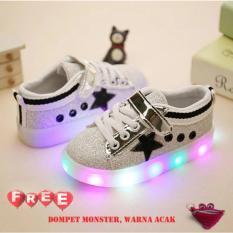Quincybaby Sepatu Anak Keren Star Glitter Dengan Lampu LED - Black (Free Pouch Monster)