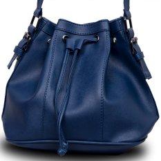 QuincyLabel Paris Bucket Bag - Navy
