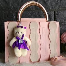 Harga Raja Jual Tas Fashion Wanita Top Handle Bag With Panda Peach Seken