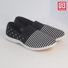 Spesifikasi Ramayana World Star Sepatu Kasual Slip On Wanita Flat Shoes Kanvas Motif World Star 07970697 36 Jj