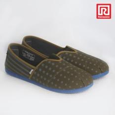 Jual Ramayana Worldstar Sepatu Slip On Pria Motif Bintang Kain Kanvas Warna Hijau Kombinasi Abu Worldstar 07971414 Baru