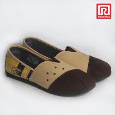 Ramayana - Worldstar - Sepatu slip on pria motif burung kain kanvas warna coklat tua kombinasi coklat muda worldstar (07971314)