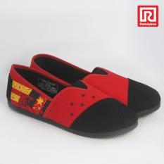 Ramayana - Worldstar - Sepatu slip on pria motif burung kain kanvas warna hitam merah worldstar (07971330)