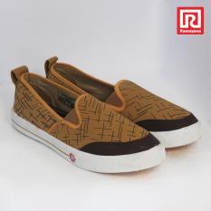 Ramayana - Worldstar - Sepatu slip on pria motif garis kain kanvas warna moka dan coklat tua worldstar (07971961)