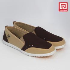 Ramayana - Worldstar - Sepatu slip on pria motif titik kain kanvas warna coklat tua dan coklat muda worldstar (07971900)