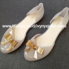 Ribbon Flat Jelly Shoes Warna Putih Terbaru