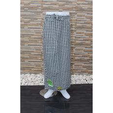 Beli Ronaco Sarung Celana Sarung Tenun Al Hidayah Abu Kotak Kotak Online Murah
