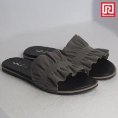 Toko Ramayana Jj Shoes Sandal Flat Wanita Motif Kerut Abu Jj Shoes 07970783 36 Lengkap Jawa Barat