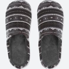 Sandal rumah UNIQLO motif North Ice