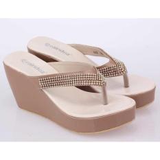 ... Sendal Wedges, Sandal Jepit WanitaIDR180000. Rp 201.000