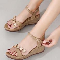 Sandal Sepatu Wanita Wedges Murah Model Terbaru Bunga AF13 Cream