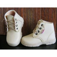 Harga Hemat Sepatu Baby Wang Sheriff Cream Umur 3 5 Tahun Babywang