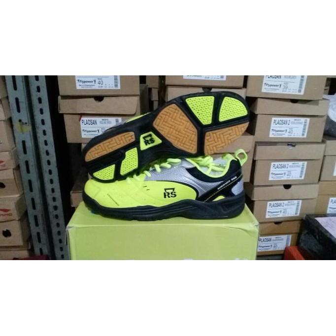 Harga preferensial Sepatu Badminton Rs Sirkuit 569 beli sekarang - Hanya  Rp342.468 9cbfc1530c