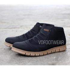 Beli Sepatu Boots Casual Pria Zodam Tracking Featmoo Dengan Kartu Kredit