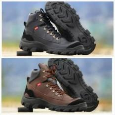 Sepatu Boots Kickers Safety Ujung Besi Tracking Adventure Touring Motor Kerja Pria Hitam Coklat