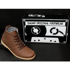 ... avail SPORTSTER black BrodoIDR200000. Rp 200.000. TERMURAH 59 900 Sepatu  Boots Sepatu Casual Pria Kickers Brodo Original BandungIDR200000. Rp 209.900 42acd55dba