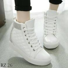 Sepatu Boots Wanita Model Korea SBO109 Putih