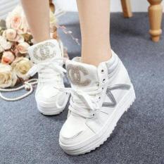 Sepatu Boots Wanita Namira SBO329