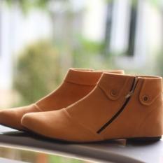 Sepatu Boots Wanita Style Korea Model Kekinian