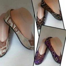 Sepatu Bordir Bali