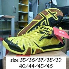 Sepatu Bulutangkis Lining New Saga Galaxy Yellow Black Original Badminton Shoes Kuning Hitam Murah Lengkap Obral Grosir Jual Perlengkapan Olahraga Surabaya - Adha Aport Store