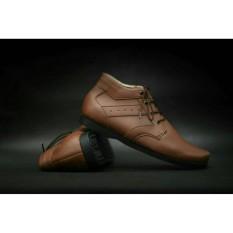 Sepatu Casual Pria Semi Formal Kerja Kantor Made Brodo Terbaru