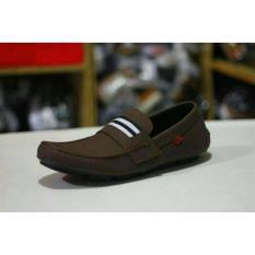 Sepatu Casual Slip On Kickers Stripe Pria