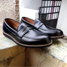 sepatu casual/loafert black volkerfootwear